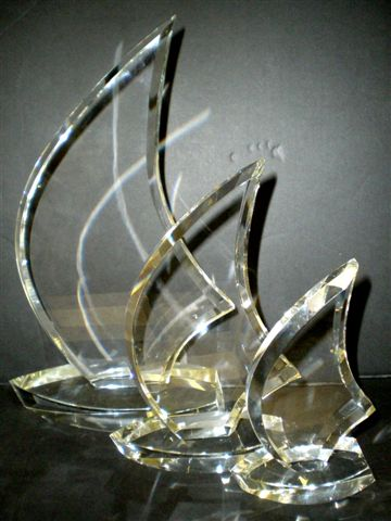 [slideshow/Sail Trophies.jpg]